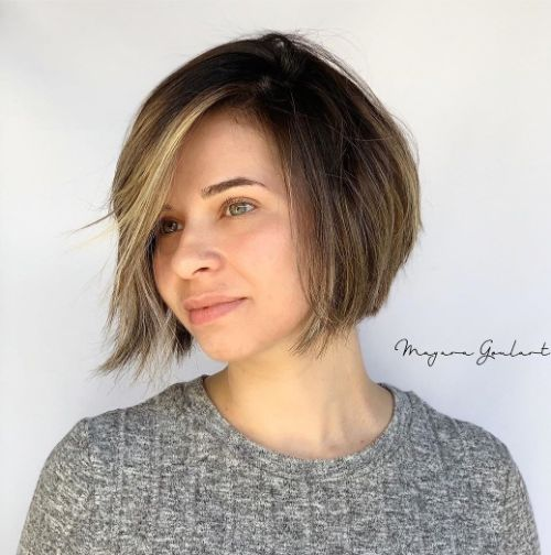 Short Bob Haircut for Women with Round Faces